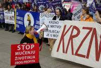 Zagreb demo against the seal slaughter 25 [ 102.96 Kb ]